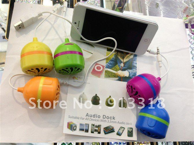 free shipping lovely portable mini loudspeaker for iphone 5 4s 4 mobile phone 50pcs/lot wholesale