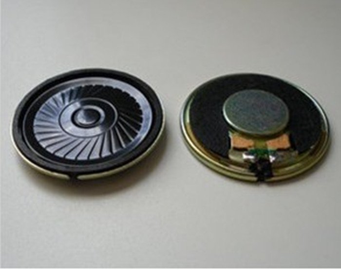 Micro mini speaker 8 ohm, 0.56w, 36mm diameter for DIY toy as a amplifier free shipping.