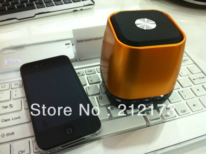 Free shipping Wireless Bluetooth TF Card Speaker,New style of High Quality MINI DOSS For iPhone/iPad/Samsung/cellphone