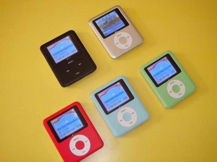 1pc 8GB 1.8 inch 3th 3rd gen MP3 mp4 player,mini mp3 player 6 colors to Choose+ FM radio+Game+Ebook Free Shipping