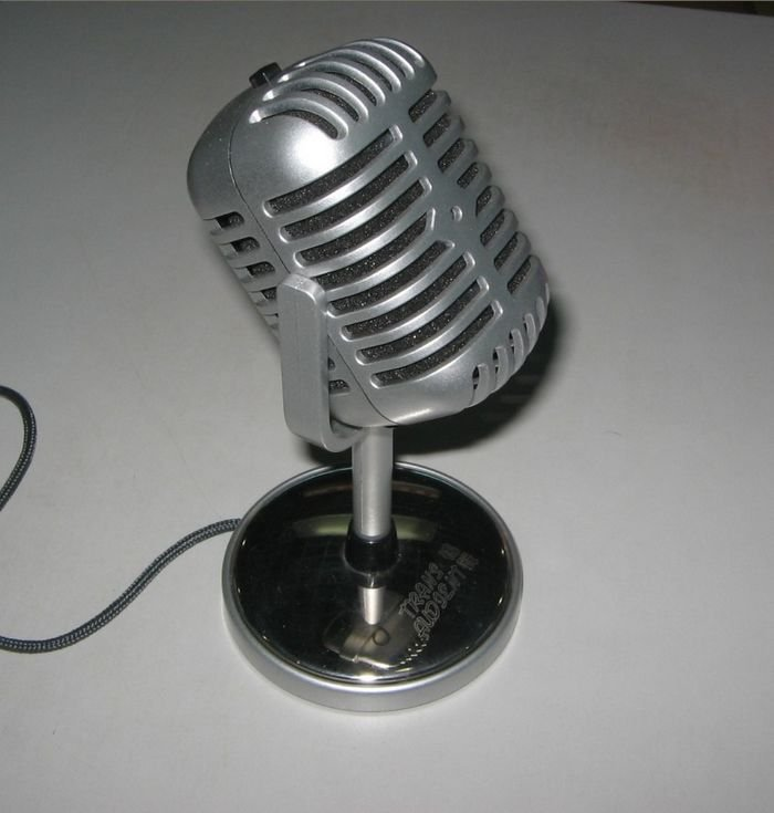 Consumer Electronic Microphones Challenge new computer microphones nostalgic classic personality microphone fun timbre