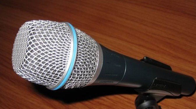 free shipping,new box mic  /87a handheld microphones