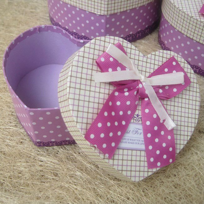 3 pcs heart-shaped paper boxes in a set,lovely gift box valentine's day,free shipping