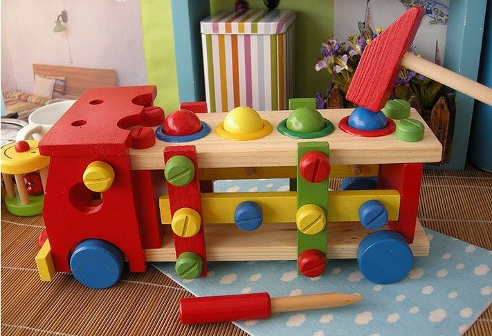 Wholesale/Nut car/disassembling screw car/billiards ball/wooden toys/educational Knock the ball screw car